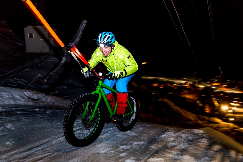 fat bike night and light andermatt realp bikeundevent exklusiv power bike nachtskifahren spass erlebnis
